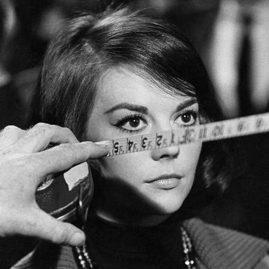 Natalie Wood, Love with the Proper Stranger